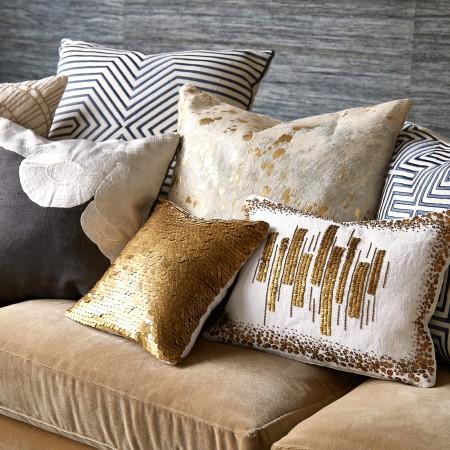 Какими бывают декоративные подушки: их особенности и правила выбора