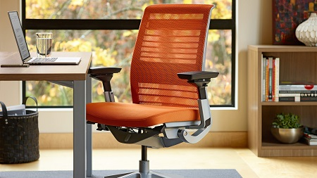 Особенности выбора офисного кресла: виды и назначение