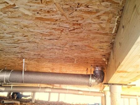 Как установить канализацию в доме из СИП панелей: этапы и последовательность работ