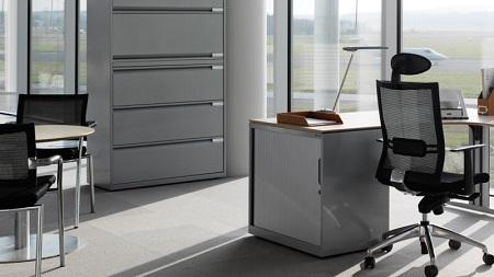 Металлическая офисная мебель: выбор и особенности