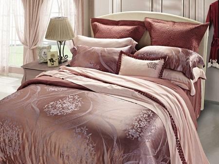 Какое постельное белье выбрать  для спальни: типы и характеристики