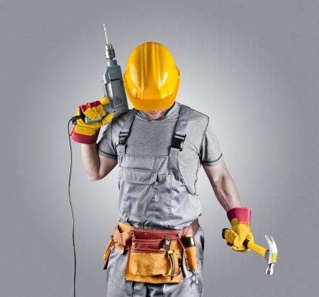 Поиск профессионального строителя: способы, идеи и советы