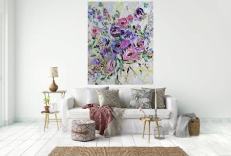 Преимущества декорирования гостиной картинами: какие выбрать