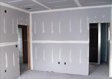 Технология монтажа гипсокартона на стены и правила, которых нужно придерживаться  в работе