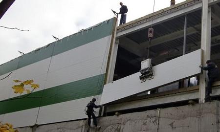 Крепление сэндвич панелей к бетону: способы, этапы и правила