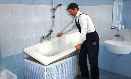 Как получить новую ванну при помощи акрилового вкладыша