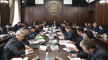 Актуальная политическая сводка Кыргызстана: что беспокоит регион