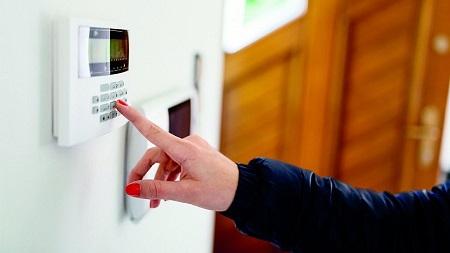 Достоинства услуг охранного агентства для обеспечения безопасности квартир