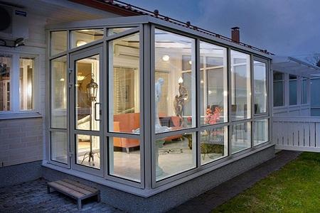 Пластиковые окна для дачной террасы: преимущества и этапы монтажа