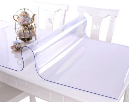 Какими достоинствами обладает силиконовая скатерть мягкое стекло: ее особенности