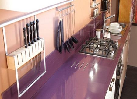 Кухонные столешницы из акрила: характеристики и свойства материала