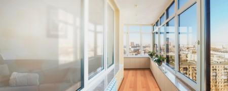 Технология теплого остекления балкона и основные правила работы