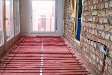 Выбора и укладка теплого пола на балконе под ламинат