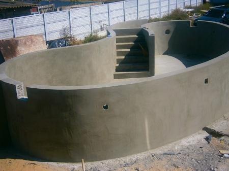 Какой цемент выбрать для создания бассейна: виды и преимущества